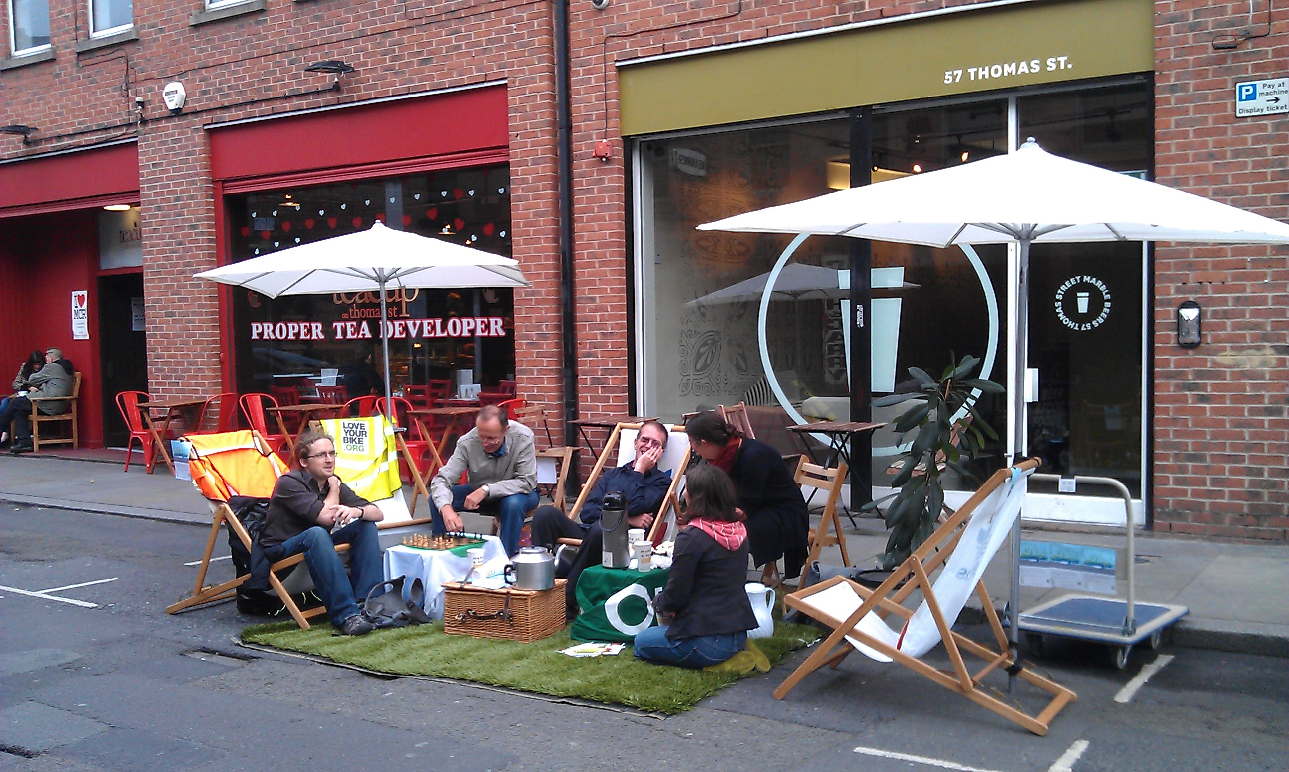 Park(ing) Day on Thomas Street (photo by @bikefabulous)